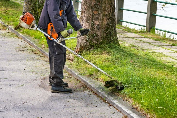 how to edge your lawn with a string trimmer